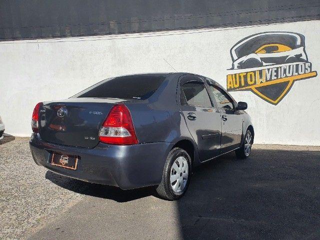 etios xs sedan 1.5 gnv 100% financiado pelos bancos - Foto 5