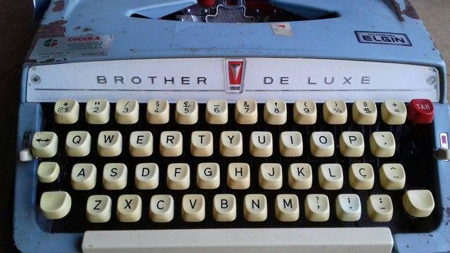 Máquina de escrever antiga elgin. - Foto 2