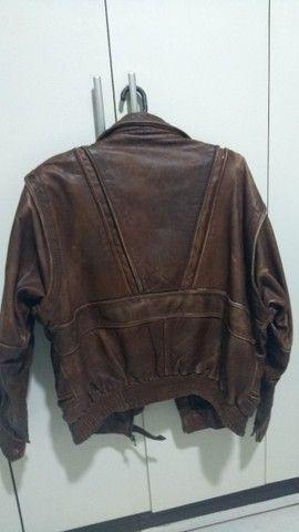 Vendo jaqueta de couro legítima age tina - Foto 2