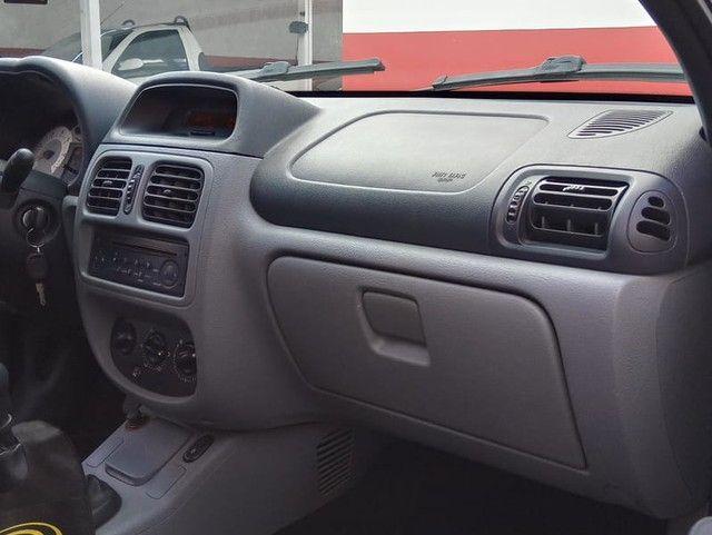 RENAULT CLIO PRIVILEGE 1.6 16V - Foto 9