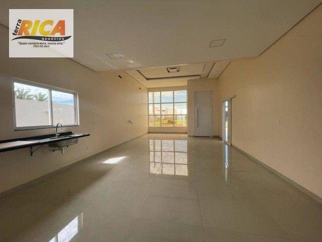 Vende-se uma excelente casa, apta a financiamento, no condomínio Alphaville Porto Velho-RO - Foto 4