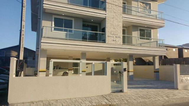 Rf#Lindo Ap Pronto para morar 2 Dormitorios,1Suite, proximo de todo comercio