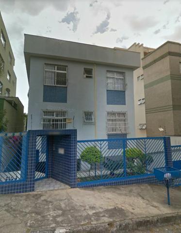 Apartamento bem amplo 3 quartos