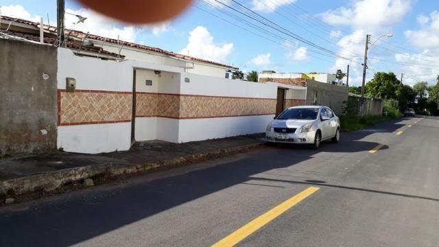 Bela casa no loteamento Casa Forte com 3 quartos, Bairro Antares