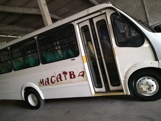 Micronibus Iveco 23 passageiros