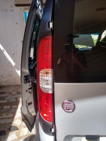 Fiat Doblô Essense 2011/2012 - Foto 3