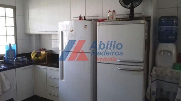 Casa sobrado com 5 quartos - Bairro Bancários em Londrina - Foto 10