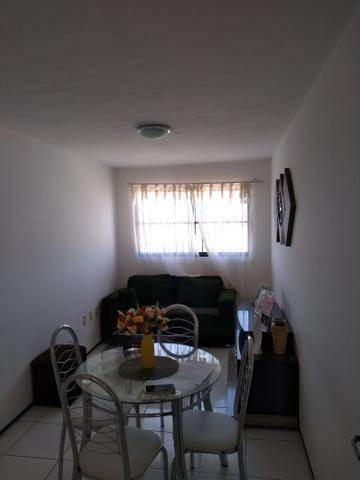 Aluga-se apartamento mobiliado na Maraponga - Foto 2