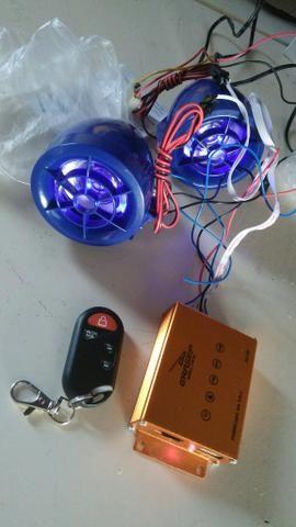 Som MP3 de moto com controle remoto e alarme