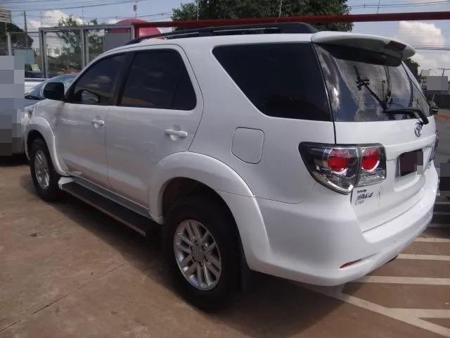 Toyota Hilux SW4 2.7 - Foto 2