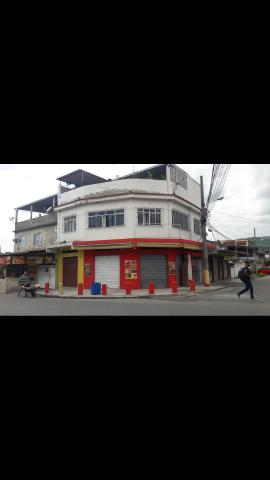 Vendo 1 prédio residencial com loja comercial - Foto 2