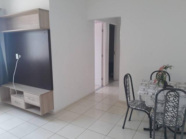 Alugo Apartamento Semi-mobiliado - Condomínio Ouro Negro - Próximo a Rodoviária da Cidade - Foto 2