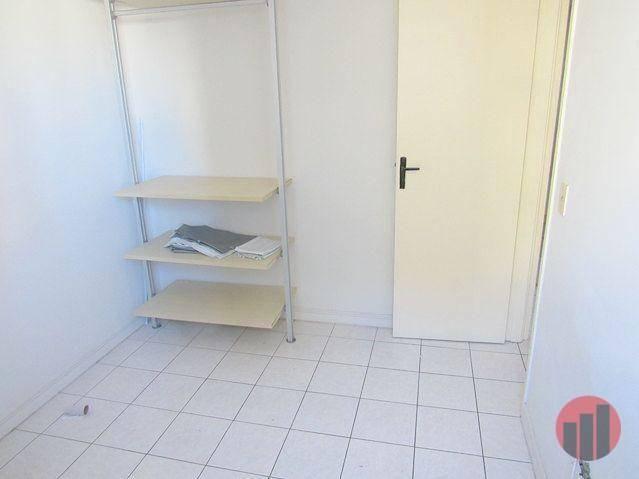 Apartamento com 2 dormitórios para alugar, 70 m² por R$ 1.300,00 - Meireles - Fortaleza/CE - Foto 16