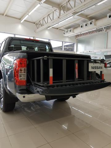 FRONTIER XE 4x4 2.3L Bi-Turbo Diesel