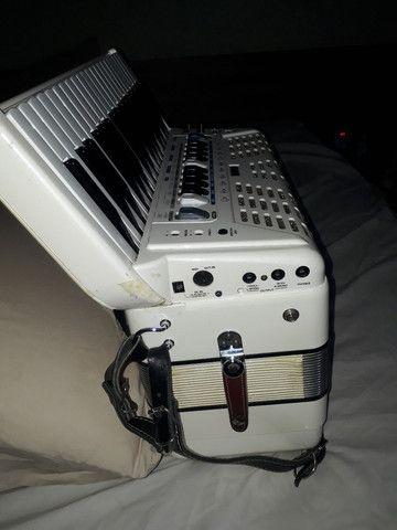 Acordeom Roland FR3X - Foto 4