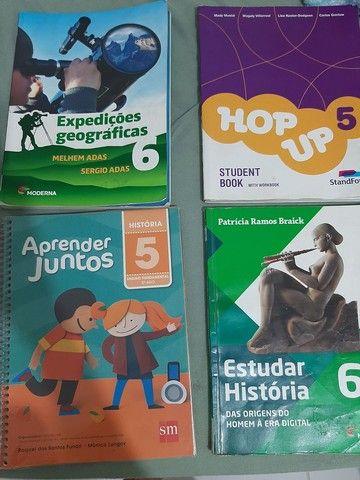 Vendo livros didáticos seminovos 5° e 6° ano