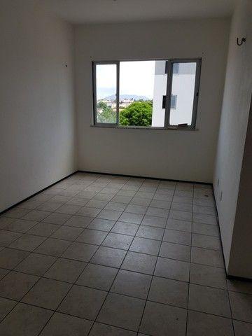 Apto. Parangaba, 3 quartos, R$ 1000, sem condomínio em frente ao Terminal da Lagoa - Foto 3