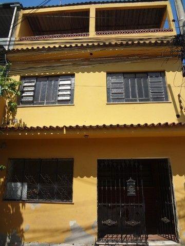 Neves  - Casa duplex em vila 3 quartos, 2 banheiros na Olimar Imoveis