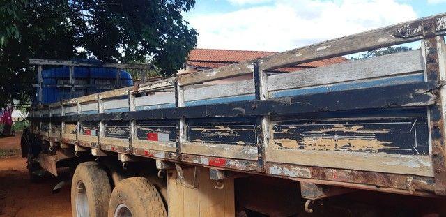 Carroceria de madeira 7,5 metros - Foto 3