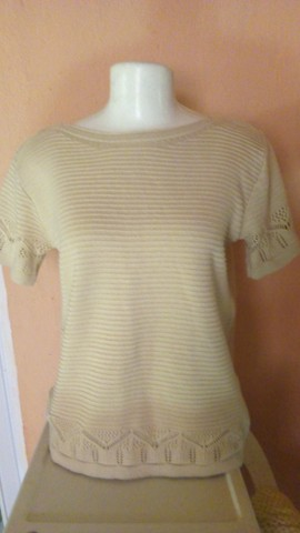 Seis blusas femininas e uma bolsa - Foto 5