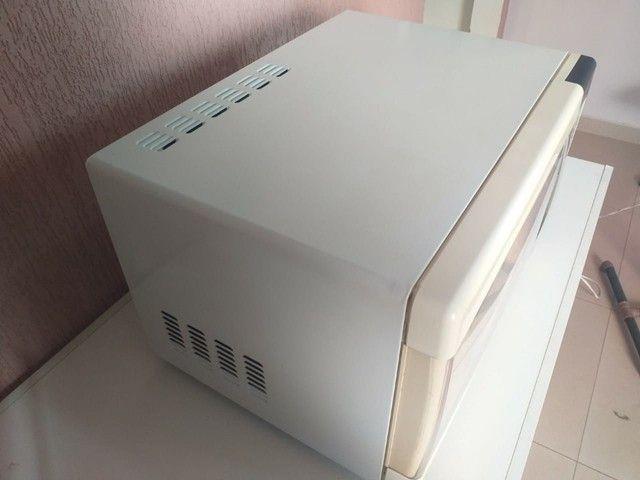 "Micro-ondas Electrolux ME28S "" 90 DIAS DE GARANTIA"" - Foto 3"