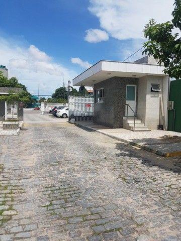 Apto. Parangaba, 3 quartos, R$ 1000, sem condomínio em frente ao Terminal da Lagoa