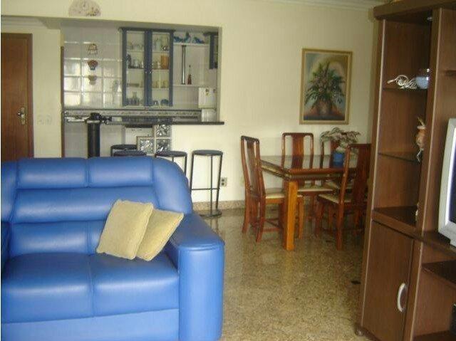 Apto 4 quartos Beira Mar