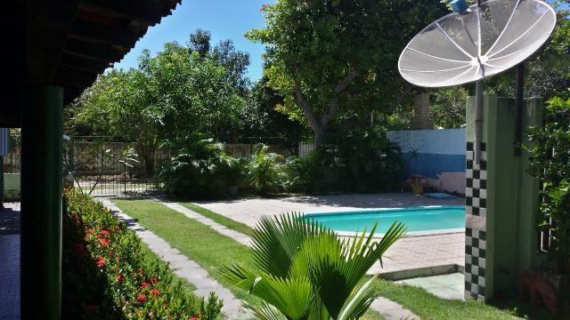 Vendo casa com 7 quartos / 5 suítes no condomínio de Serrambi 50m Praia