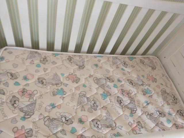Berço mini cama com colchão muito novo - Foto 4
