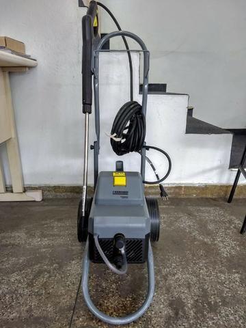Lavadora Profissional HD585 - 127v - Karcher
