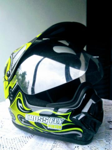 Capacete Closs Fly