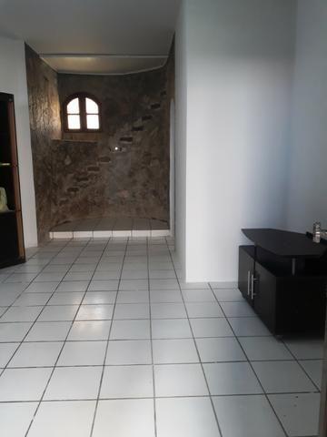 2/4, casa ampla, varanda, garagem, próximo a Praia! Pituaçu! - Foto 10
