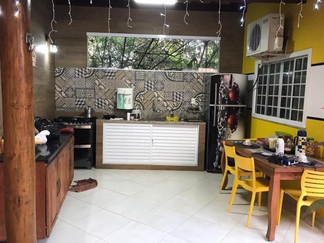 Casa de 4 quartos decorada, linda no condomínio Pedra do Sal - Foto 4