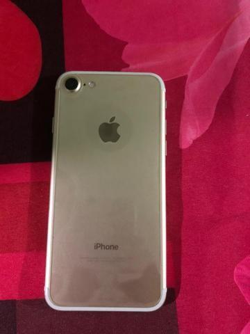 IPhone 7 128 Gb dourado ( BEM CONSERVADO) - Foto 2