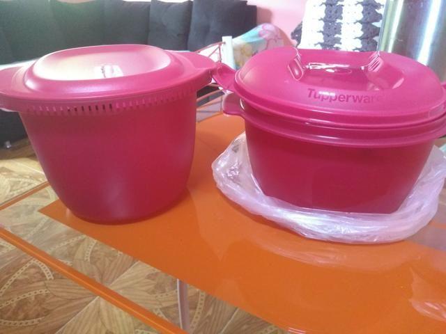 As duas Tupperware uma de arroz e a outra de macarrão pra microondas da Tupperware