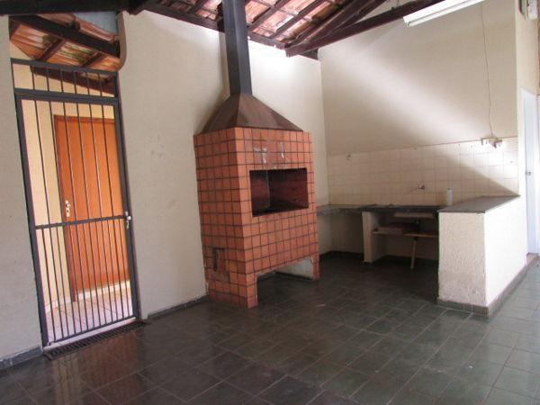Casa  com 4 quartos - Bairro Jardim América em Goiânia - Foto 16