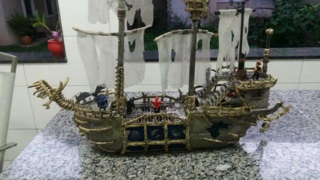 Navio Piratas Do Caribe - Versão Fantasma - Mega Bloks