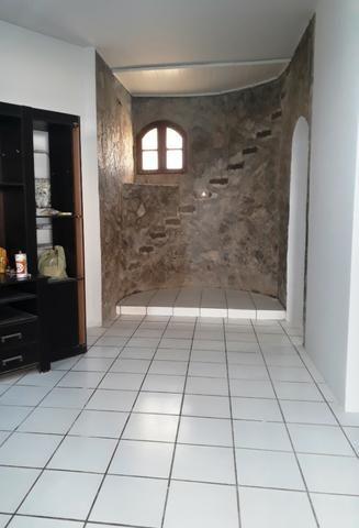 2/4, casa ampla, varanda, garagem, próximo a Praia! Pituaçu! - Foto 2