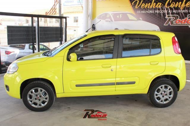 Fiat Uno Attractive Celebration 1.4 Amarelo - Foto 2