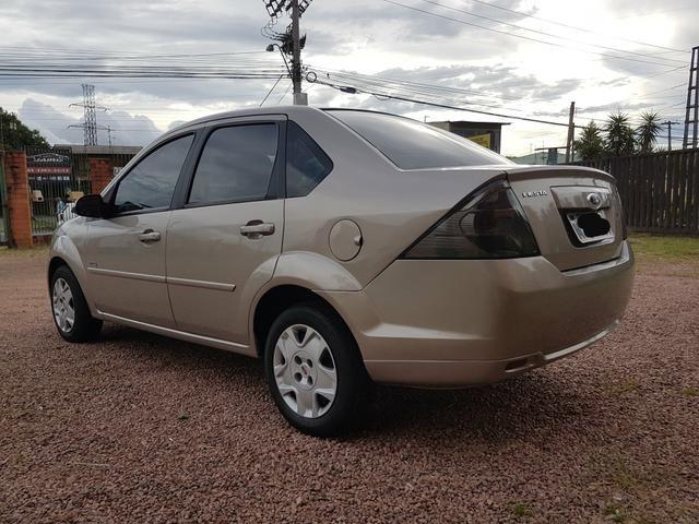 Fiesta Sedan Class 1.6 Completão - Foto 4