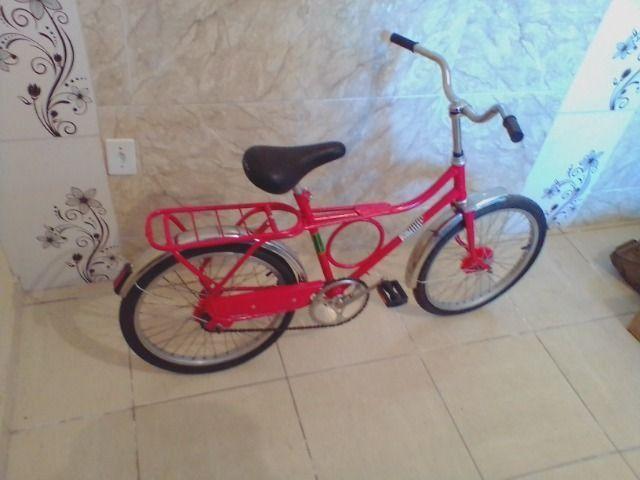Bicicleta antiga monark barra circular aro 20 vermelha - Foto 3