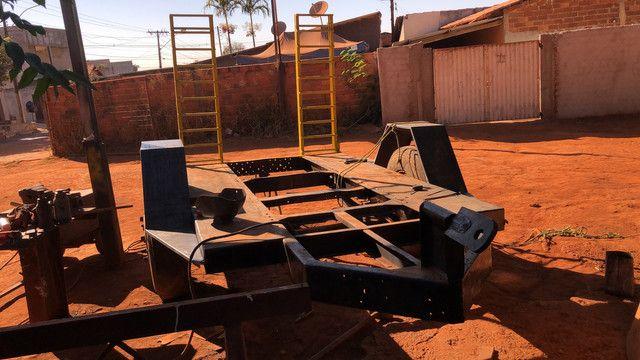 Fabricação de carreta para bobcat - Foto 2