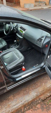 Citroën c4 hatch exclusive  - Foto 6
