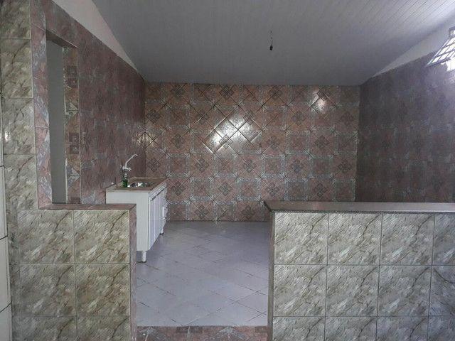 Vende-se esta  casa com ótimo preço  - Foto 2
