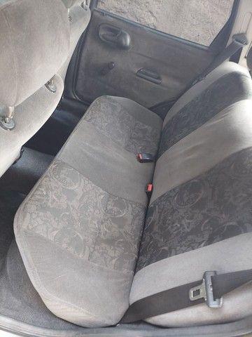 Corsa sedam 2001 1.0 8V com GNV e AR.  - Foto 4