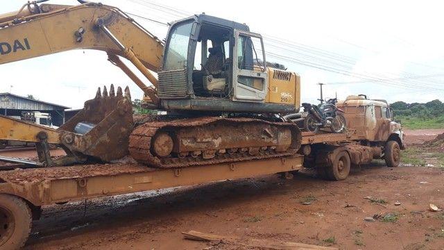 Escavadeira Hyundai 210 - Foto 3