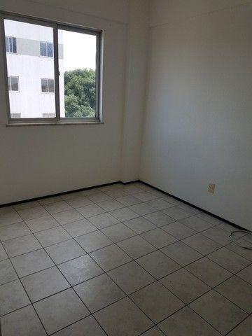 Apto. Parangaba, 3 quartos, R$ 1000, sem condomínio em frente ao Terminal da Lagoa - Foto 5