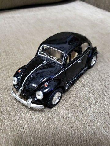 Miniatura Carro de Coleção VW Fusca Escala 1/32 - Foto 5