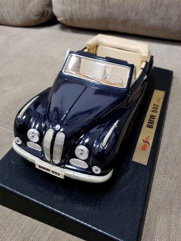 Miniatura Carro de Coleção BMW 502 (1955) Escala 1/18 - Foto 6