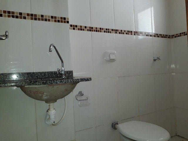 Alugo Apartamento No Coqueiral  - Foto 8